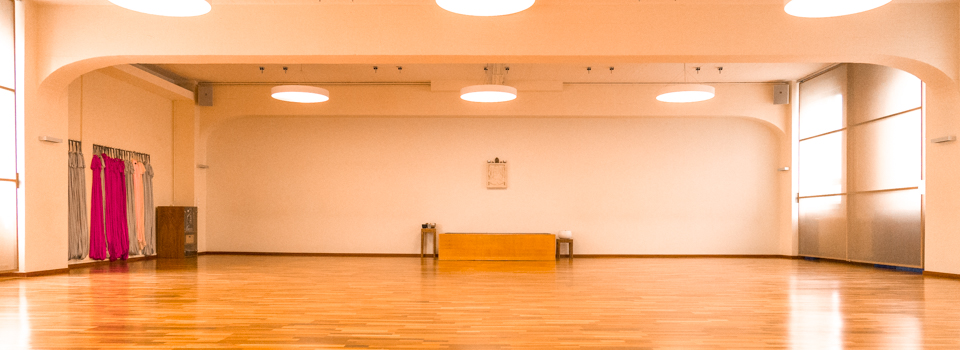 Übungsraum - Orange Room - Yogastudio Maxvorstadt